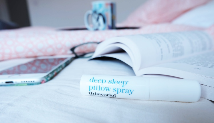Deep Sleep Pillow Spray de This Works